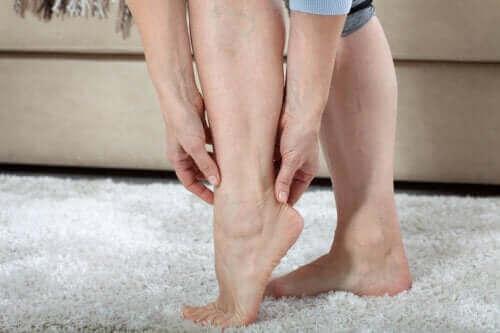 Βαριά πόδια: Όλα όσα πρέπει να ξέρετε