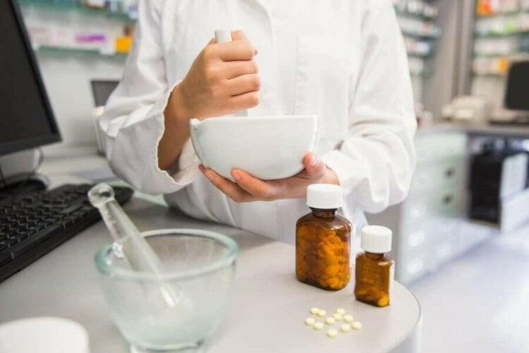 Σύνθλιψη φαρμάκων: 6 κίνδυνοι που πρέπει να γνωρίζετε