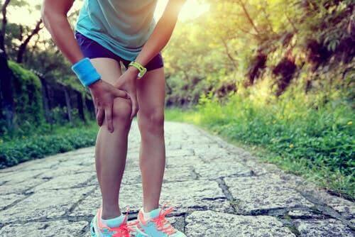 Σπιτικές θεραπείες για το γόνατο του δρομέα
