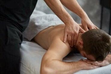 Θεραπευτικό μασάζ: Οι τύποι και τα οφέλη του