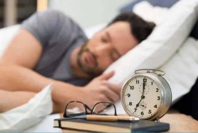 Πώς να βελτιώσετε τον ύπνο σας εύκολα