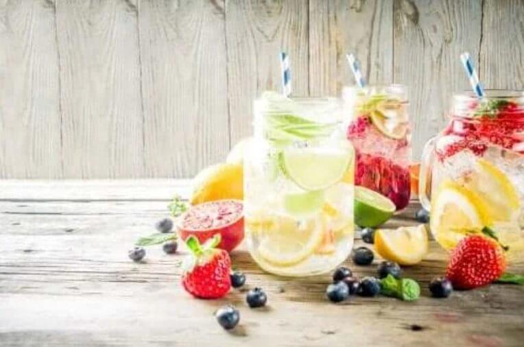 Ποτά με γεύση φρούτων: Τι πρέπει να ξέρετε