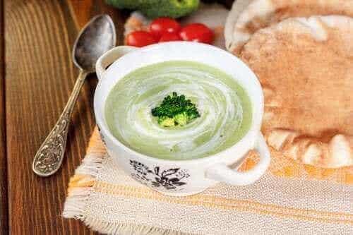 Τρεις κρέμες λαχανικών για την ενίσχυση των αμυνών σας