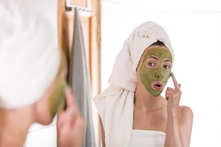 πράσινη μάσκα