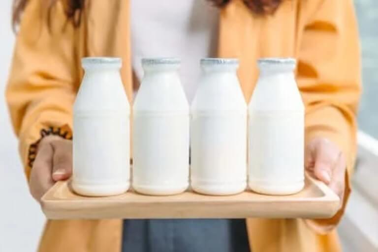 Γαλακτοκομικά προϊόντα με πλήρη λιπαρά ή χαμηλά λιπαρά;