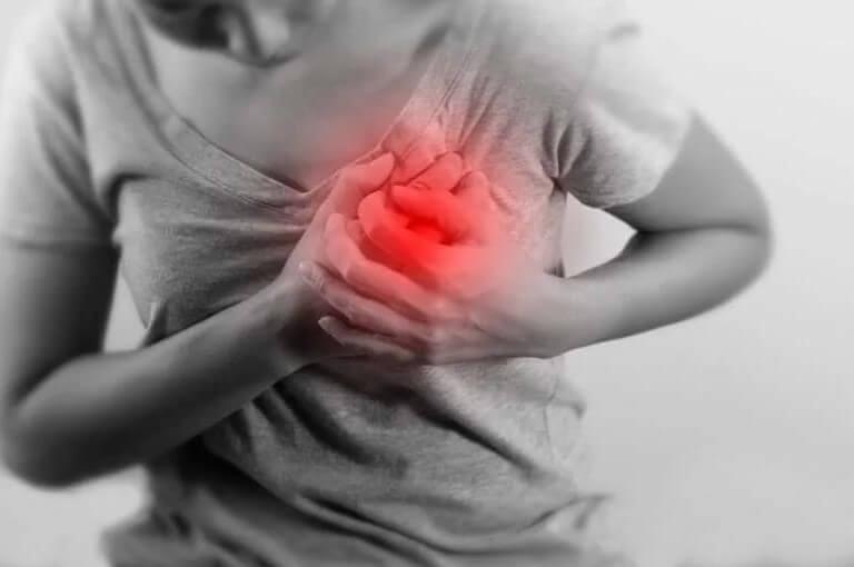 πόνος στην καρδιά