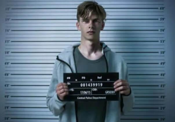 έφηβος σε φυλακή