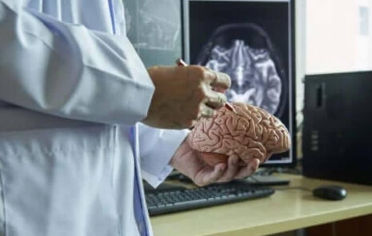 εξέταση εγκεφάλου