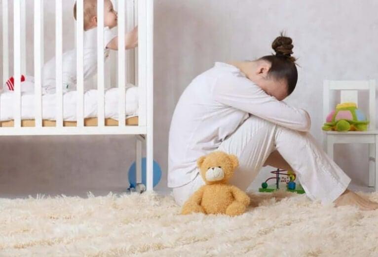 Κατάθλιψη μετά τον τοκετό: Πώς να την αναγνωρίσετε;