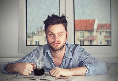 Αδράνεια ύπνου: Γιατί ξυπνάτε με κακή διάθεση