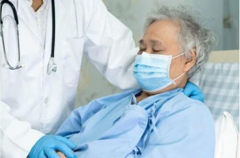 ασθενής σε γιατρό
