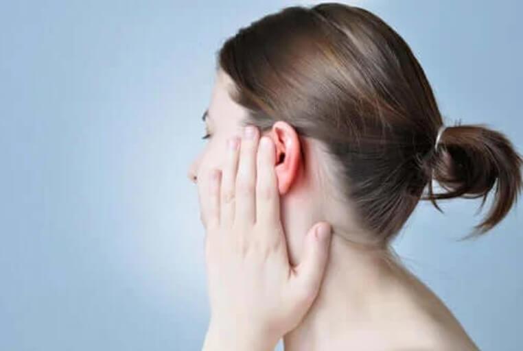 πόνος στο αφτί