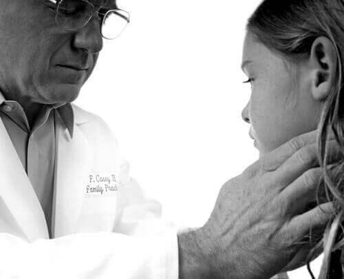 Λοιμώδης μονοπυρήνωση στα παιδιά: Τι πρέπει να γνωρίζετε