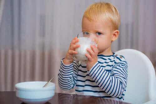 Το σωστό γάλα για τα μωρά μετά το πρώτο έτος