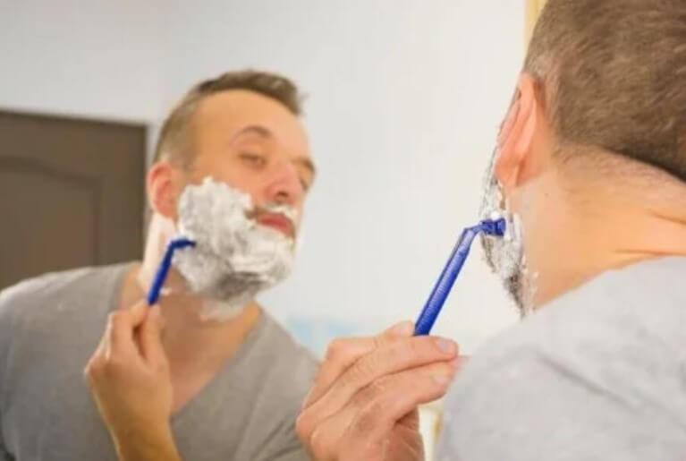Τα λάθη στο ξύρισμα και πώς μπορείτε να τα αποτρέψετε