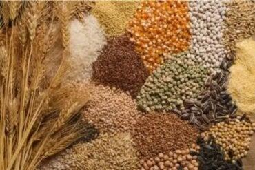 Πώς να ενσωματώσετε σπόρους στη διατροφή σας