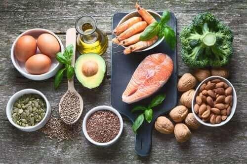 Τι θα πρέπει να περιλαμβάνει η διατροφή σας αν έχετε υπερθυρεοειδισμό;