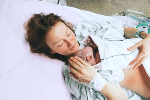Επιλόχεια λοίμωξη: Ένας κίνδυνος μετά τη γέννα