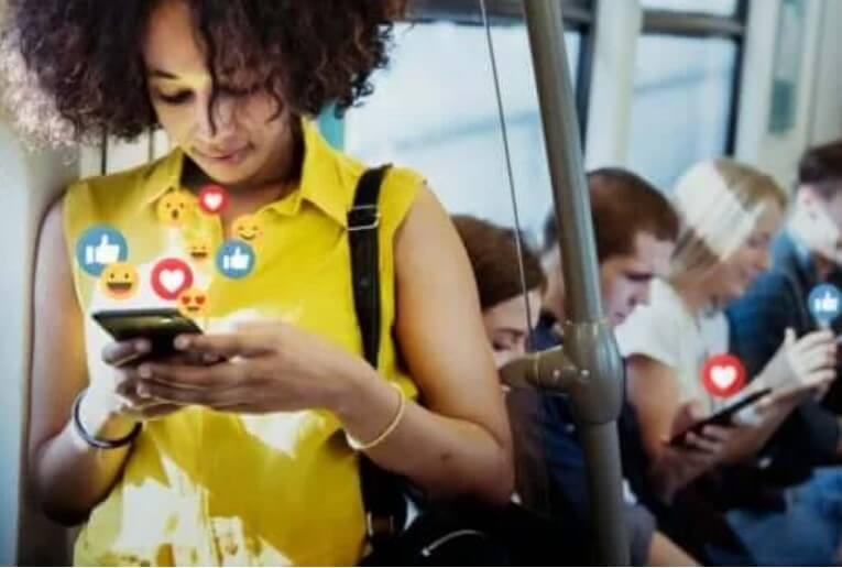 Social Media: Τα πλεονεκτήματα και μειονεκτήματα