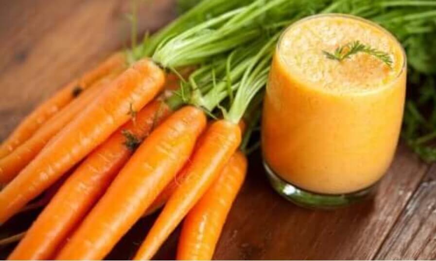 Πώς να φτιάξετε ένα σπιτικό smoothie καρότου και τα οφέλη του