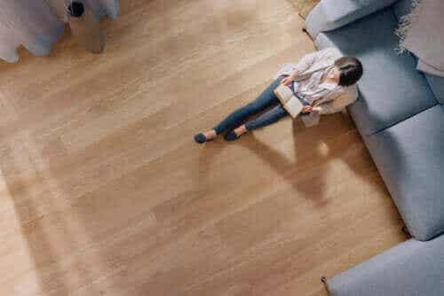 Ξύλινο πάτωμα: Πλεονεκτήματα και μειονεκτήματα