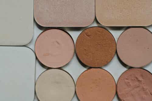 μακιγιάζ χρωματικής διόρθωσης