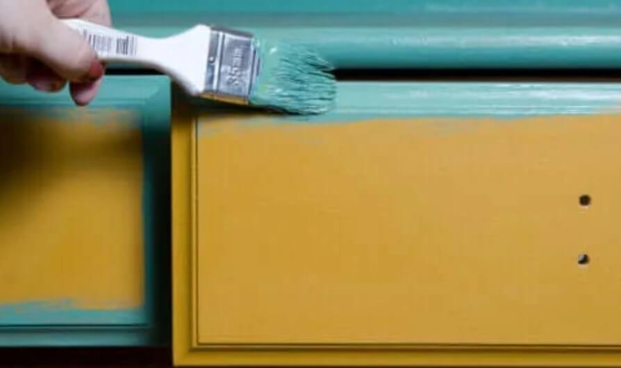 Συμβουλές για να βάψετε τα ξύλινα έπιπλα