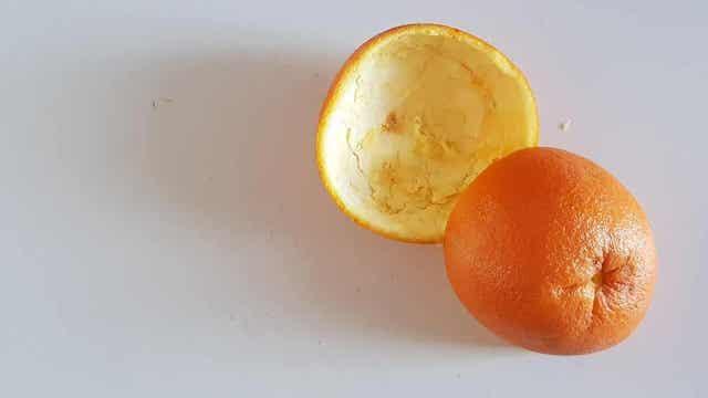 Φλούδες πορτοκαλιού- μαγική απολιπαντική πέτρα