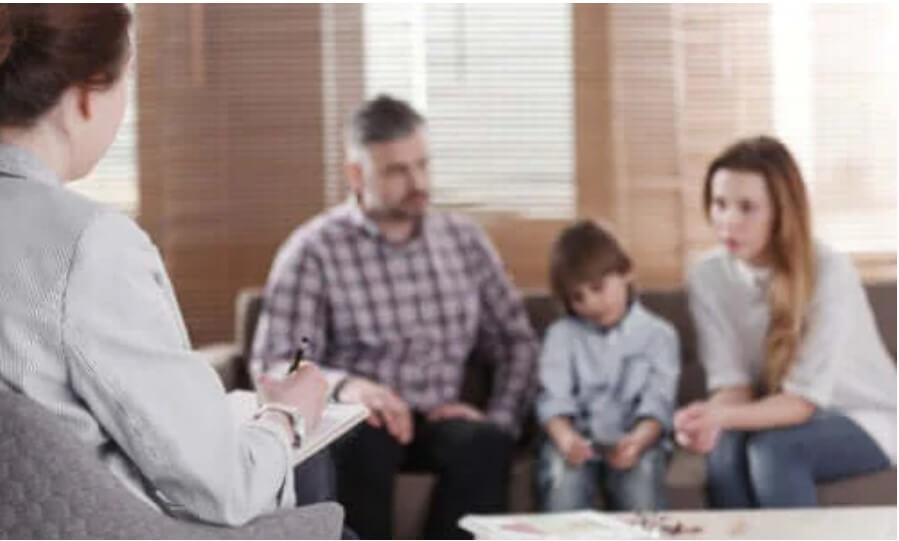 Πότε είναι απαραίτητη η οικογενειακή θεραπεία;