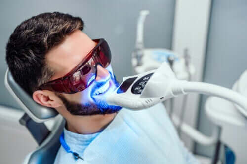 Πόσο διάστημα διαρκεί η λεύκανση των δοντιών;