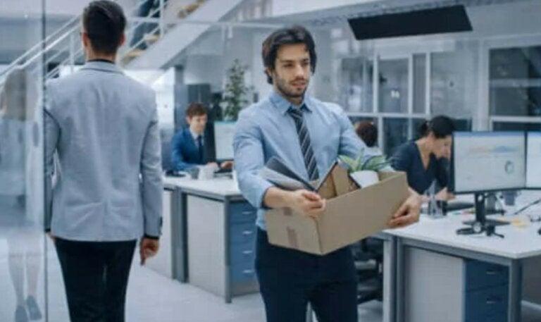 Πώς να αφήσετε μια δουλειά που δεν σας αρέσει