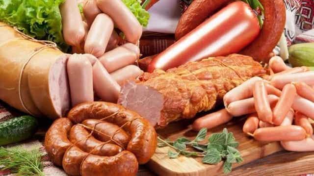 Διάφορα είδη επεξεργασμένου κρέατος