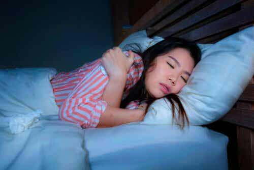 Γυναίκα κοιμάται