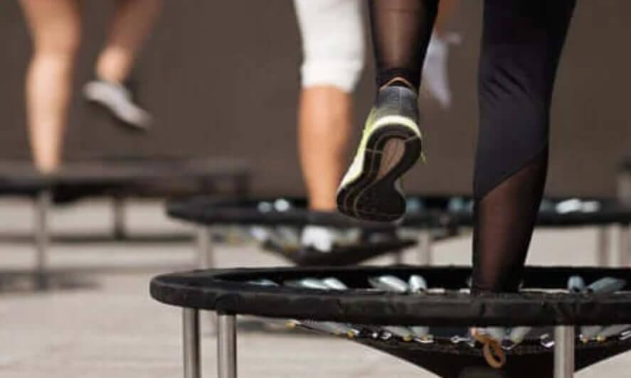 Jumping Fitness: Τι είναι και πώς να το κάνετε;