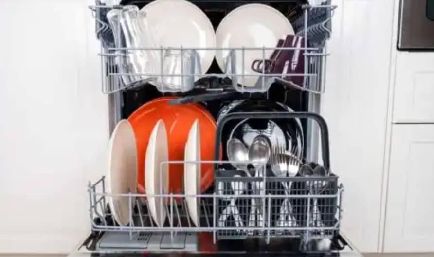 πλυντήριο με πιάτα
