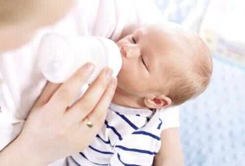 Τι είναι το υδρολυμένο γάλα και πότε χρησιμοποιείται;
