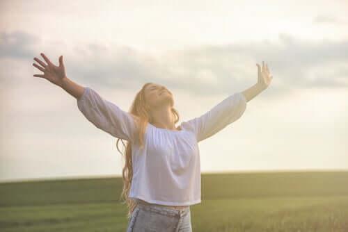 Πώς να είστε ευτυχισμένοι με τον εαυτό σας